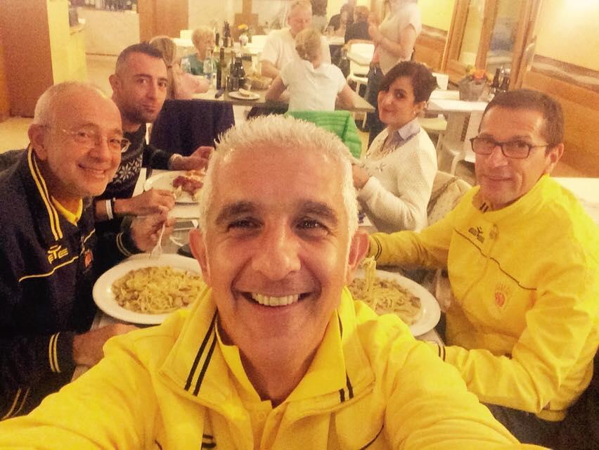 Guerrieri a tavola dopo la maratona!!